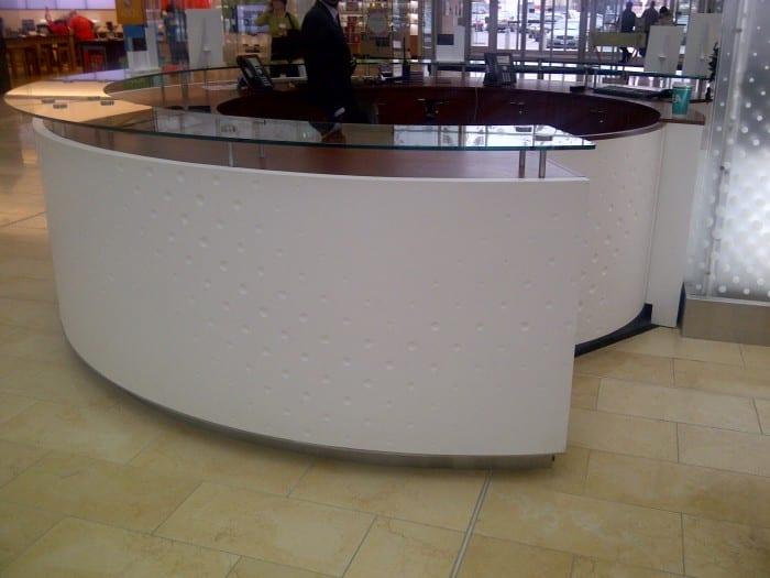 Desk & Kiosk (5)